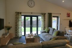 Gulval Farm Cottages - The Lily Pad - The Living Room